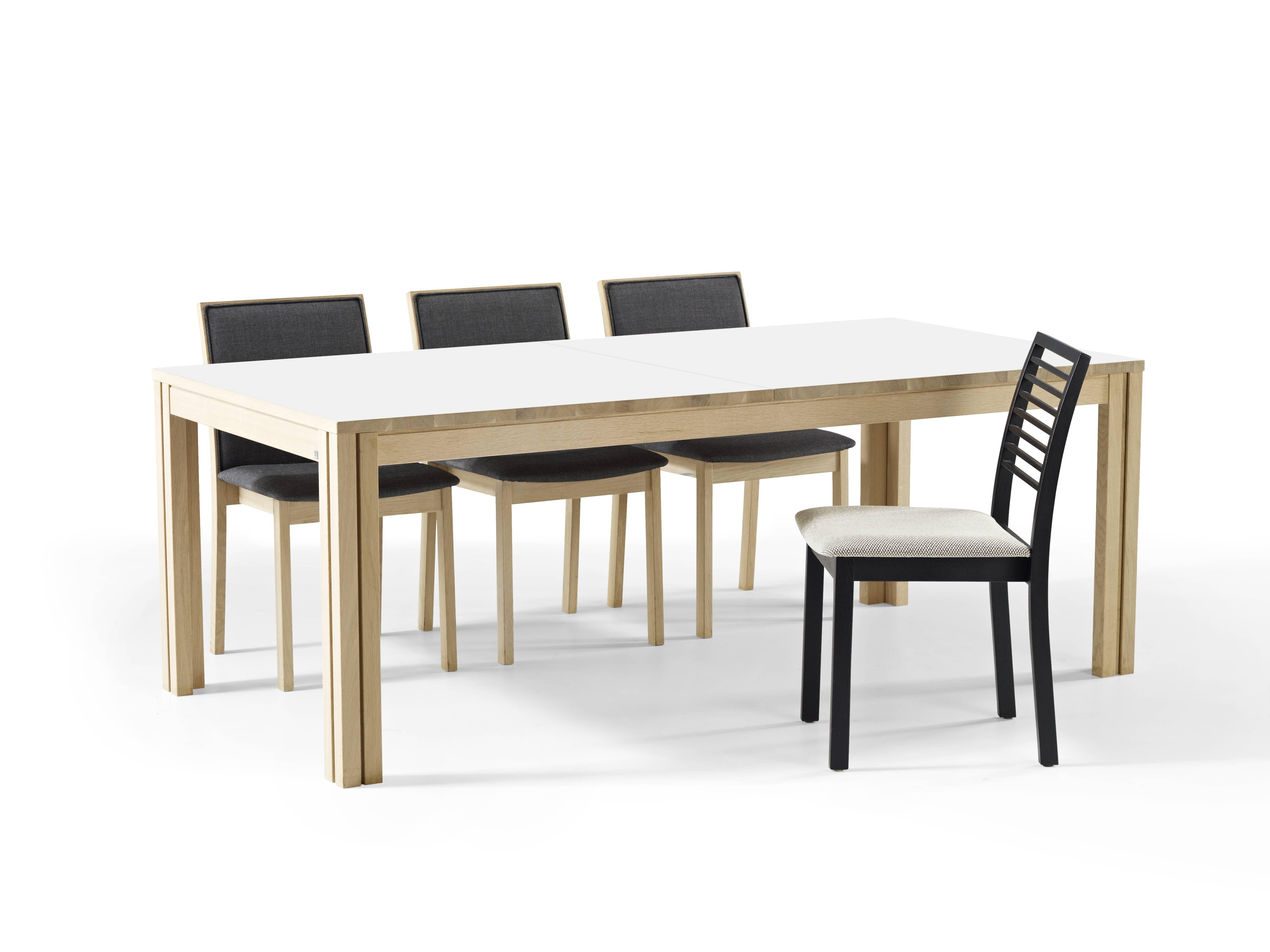Skovby SM 24 spisebord - Danbo Møbler Horsens